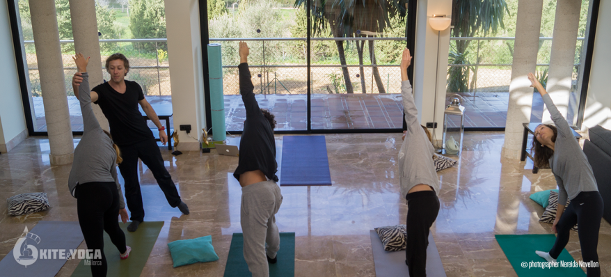 kiteandyoga-group-yoga-lessons